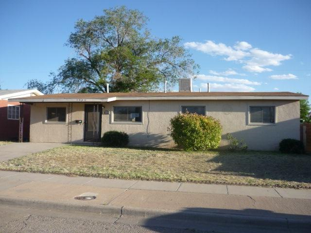 1404 7th St, Alamogordo, NM 88310 (MLS #160747) :: Assist-2-Sell Buyers and Sellers Preferred Realty