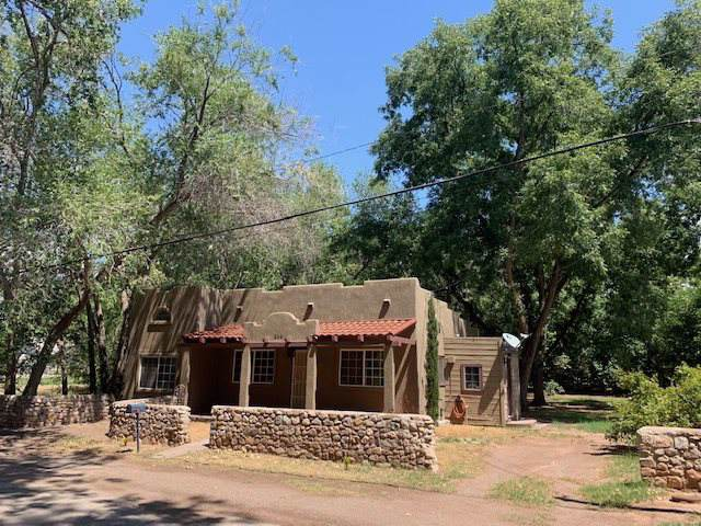 504 7th St, Tularosa, NM 88352 (MLS #161453) :: Assist-2-Sell Buyers and Sellers Preferred Realty