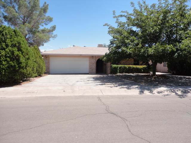 1443 Lindberg Av, Alamogordo, NM 88310 (MLS #161720) :: Assist-2-Sell Buyers and Sellers Preferred Realty