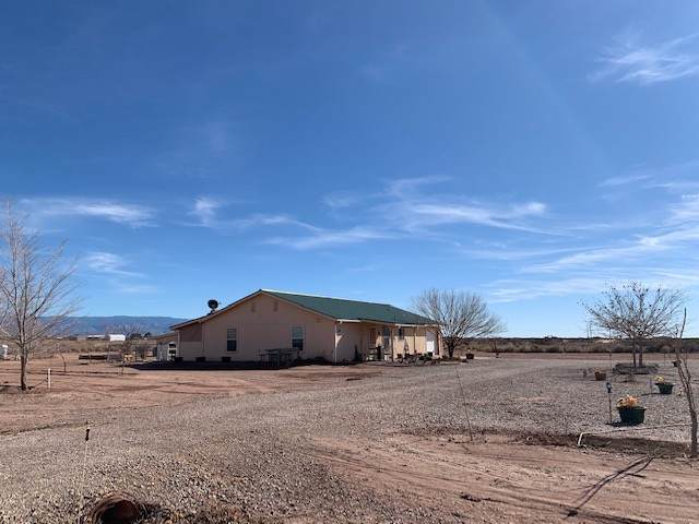 25 Gardenhire, Tularosa, NM 88352 (MLS #162057) :: Assist-2-Sell Buyers and Sellers Preferred Realty