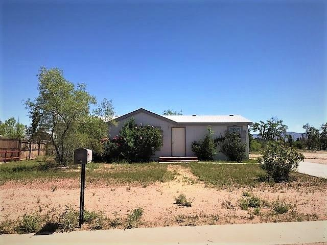 1106 Lawrence Dr, Tularosa, NM 88352 (MLS #156302) :: Assist-2-Sell Buyers and Sellers Preferred Realty