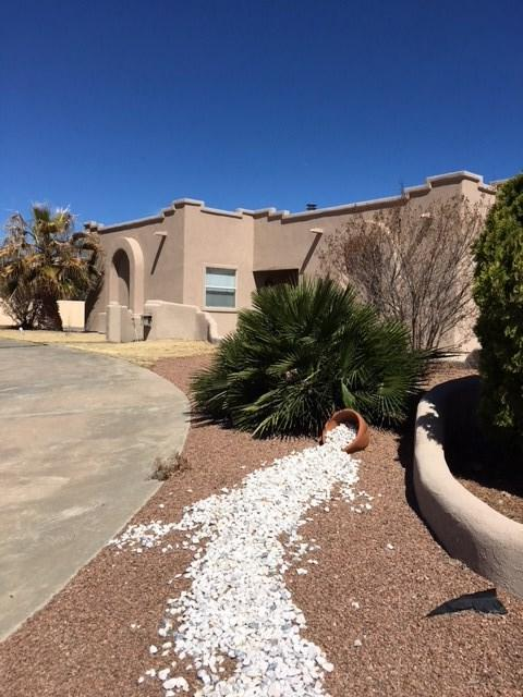 2643 Tres Lagos, Alamogordo, NM 88310 (MLS #158199) :: Assist-2-Sell Buyers and Sellers Preferred Realty