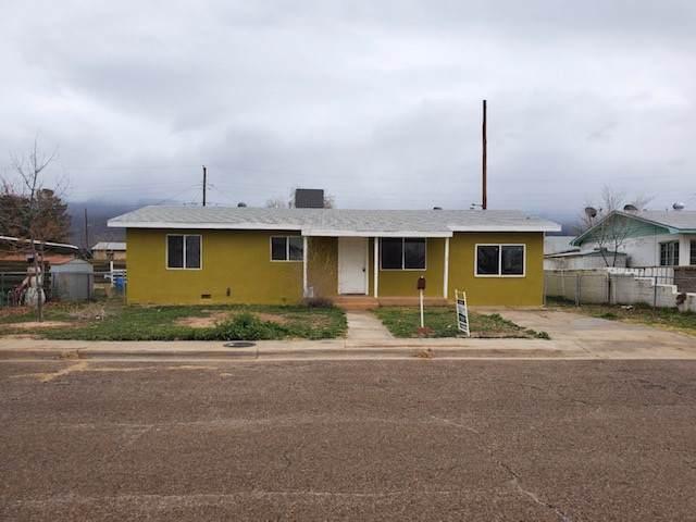 1504 Utah Av, Alamogordo, NM 88310 (MLS #161479) :: Assist-2-Sell Buyers and Sellers Preferred Realty