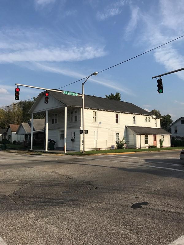 302 E 20th St., Owensboro, KY 42303 (MLS #72171) :: Kelly Anne Harris Team