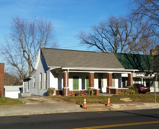 140 Main Street, Hawesville, KY 42348 (MLS #72512) :: Farmer's House Real Estate, LLC
