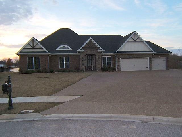 3146 Spring Ridge Parkway, Owensboro, KY 42303 (MLS #72995) :: Farmer's House Real Estate, LLC
