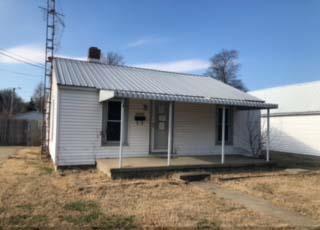 2020 Hall Street, Owensboro, KY 42303 (MLS #75300) :: Farmer's House Real Estate, LLC