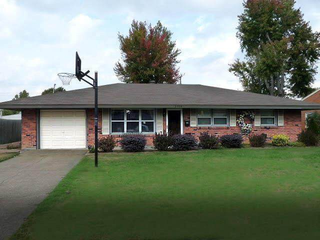 1711 Navajo Dr, Owensboro, KY 42301 (MLS #78653) :: The Harris Jarboe Group