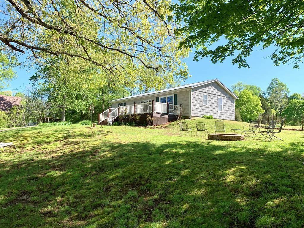 967 Hinton Hills Loop - Photo 1