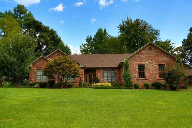 4433 Wilderness Trace, Owensboro, KY 42303 (MLS #71993) :: Farmer's House Real Estate, LLC