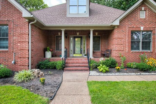 5683 Woodcrest Lane, Owensboro, KY 42303 (MLS #74408) :: Kelly Anne Harris Team
