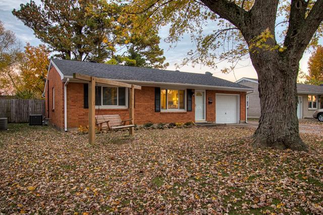 4221 Hawthorne Drive, Owensboro, KY 42303 (MLS #75114) :: Kelly Anne Harris Team