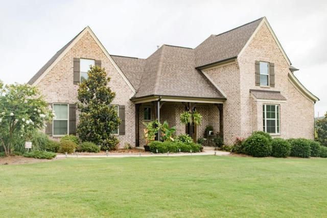 306 Lakes Drive North, OXFORD, MS 38655 (MLS #143416) :: Oxford Property Group