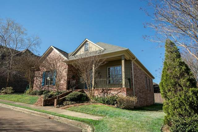 100 Fern Cove, OXFORD, MS 38655 (MLS #147856) :: Oxford Property Group
