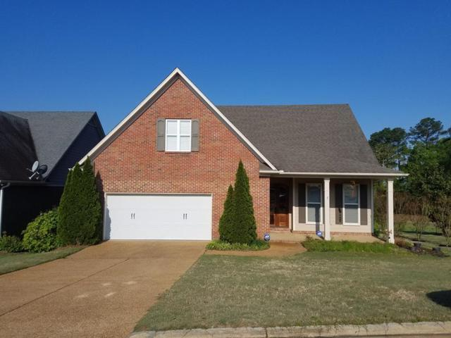 6200 Charleston Court Drive, OXFORD, MS 38655 (MLS #140366) :: John Welty Realty