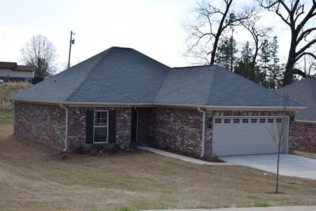 1065 Pebble Creek Drive, OXFORD, MS 38655 (MLS #142681) :: Oxford Property Group