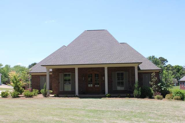 108 Downing Street, OXFORD, MS 38655 (MLS #144928) :: Oxford Property Group