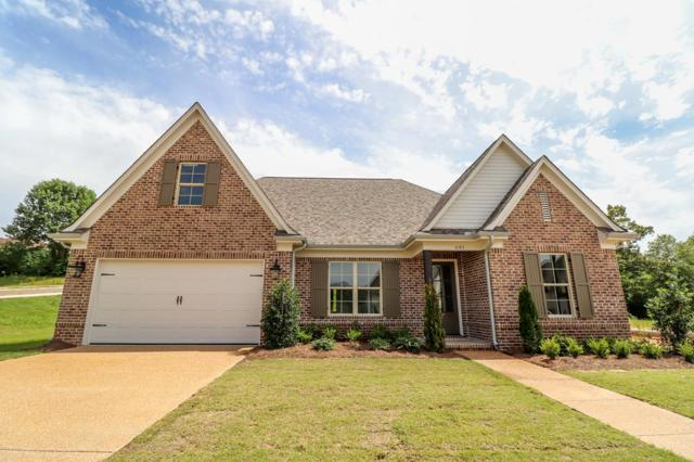 681 Centerpointe Cove, OXFORD, MS 38655 (MLS #141936) :: Oxford Property Group