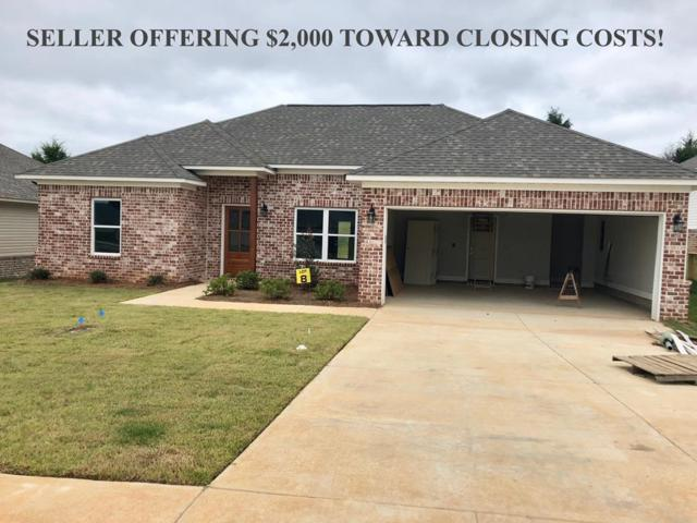 1014 Briarwood Dr., OXFORD, MS 38655 (MLS #140220) :: John Welty Realty