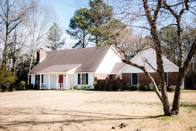 306 Woodlawn, OXFORD, MS 38655 (MLS #139911) :: John Welty Realty
