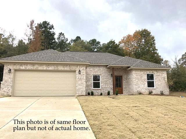 1034 Briarwood Dr., OXFORD, MS 38655 (MLS #140383) :: John Welty Realty