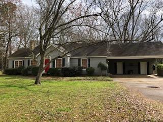 208 College St, BATESVILLE, MS 38606 (MLS #142623) :: John Welty Realty