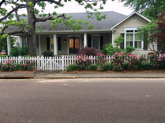 1801 Jackson Ave. East, OXFORD, MS 38655 (MLS #144515) :: Oxford Property Group