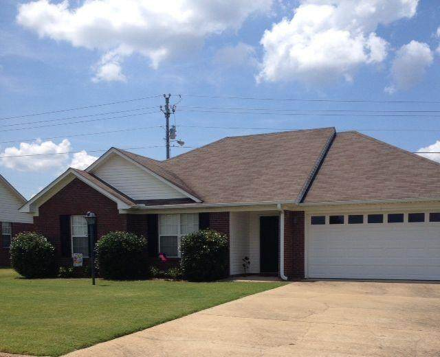 303 Eagle Pointe Drive, OXFORD, MS 38655 (MLS #145404) :: Oxford Property Group