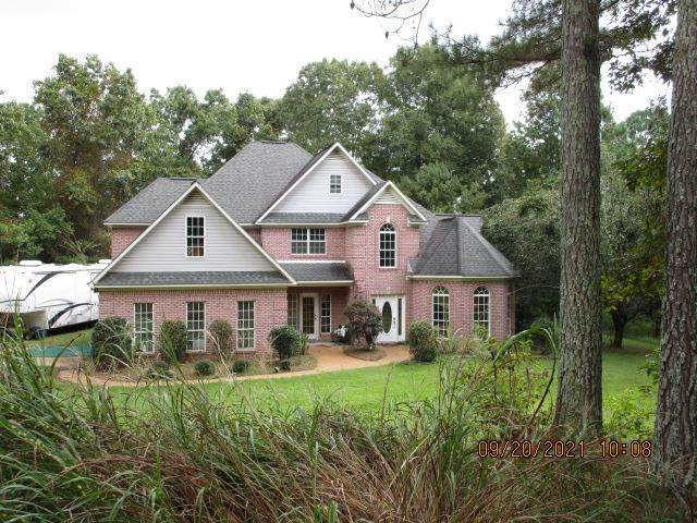 160 Lakes Dr S., OXFORD, MS 38655 (MLS #149050) :: Oxford Property Group