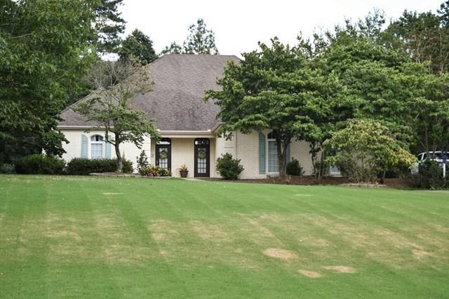 734 Shady Oaks Circle, OXFORD, MS 38655 (MLS #138699) :: John Welty Realty