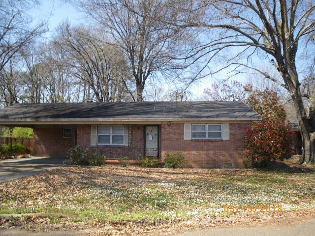 222 Rollins Dr, BATESVILLE, MS 38606 (MLS #140042) :: John Welty Realty