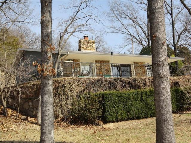 336 Wings Circle, Sunrise Beach, MO 65079 (MLS #3502014) :: Coldwell Banker Lake Country