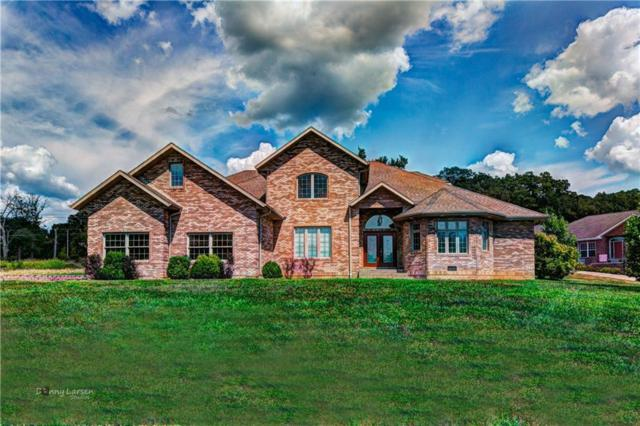 82 Fawn Meadow Drive, Linn Creek, MO 65052 (MLS #3500658) :: Coldwell Banker Lake Country