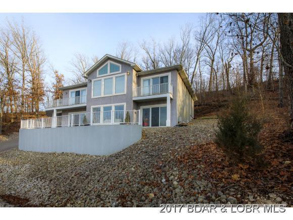 1590 Duckhead Road, Lake Ozark, MO 65049 (MLS #3123404) :: Coldwell Banker Lake Country