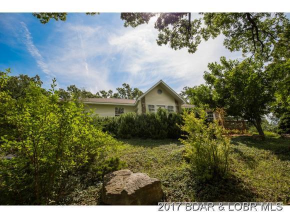 707 Deer Run Av, Cole Camp, MO 65325 (MLS #3124196) :: Coldwell Banker Lake Country