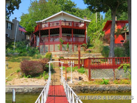 211 Tanglewood Drive, Camdenton, MO 65020 (MLS #3125899) :: Coldwell Banker Lake Country