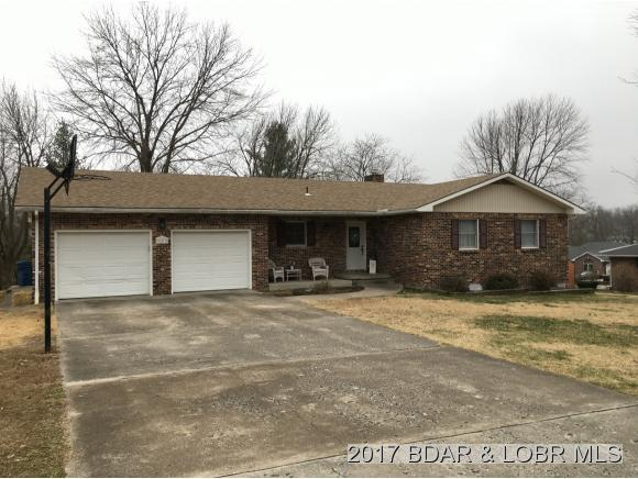 927 Sunnyview Circle, Eldon, MO 65026 (MLS #3127330) :: Coldwell Banker Lake Country