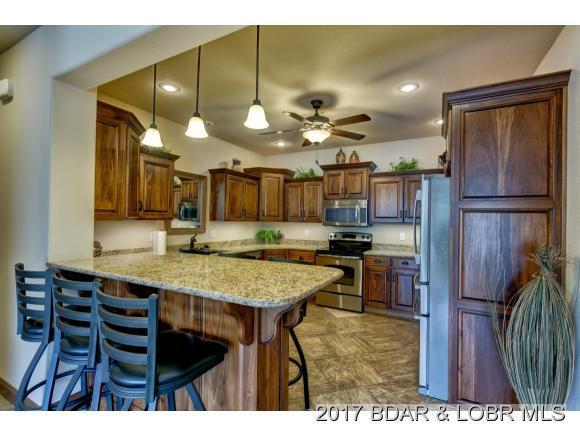 256 Riviera Lane 2B, Sunrise Beach, MO 65079 (MLS #3127533) :: Coldwell Banker Lake Country