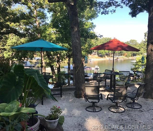 35 Keystone Circle, Sunrise Beach, MO 65079 (MLS #3515380) :: Coldwell Banker Lake Country
