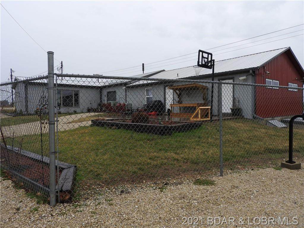 10501 Old Highway 54 - Photo 1