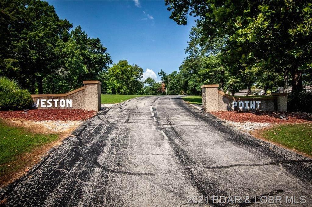 6620 Weston Point Drive - Photo 1