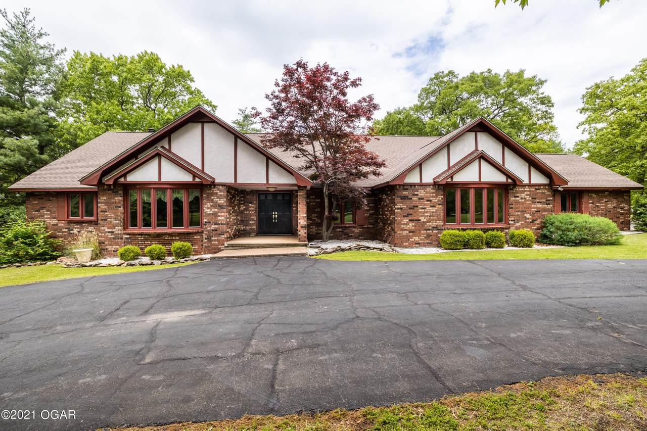 135 Forest Drive - Photo 1