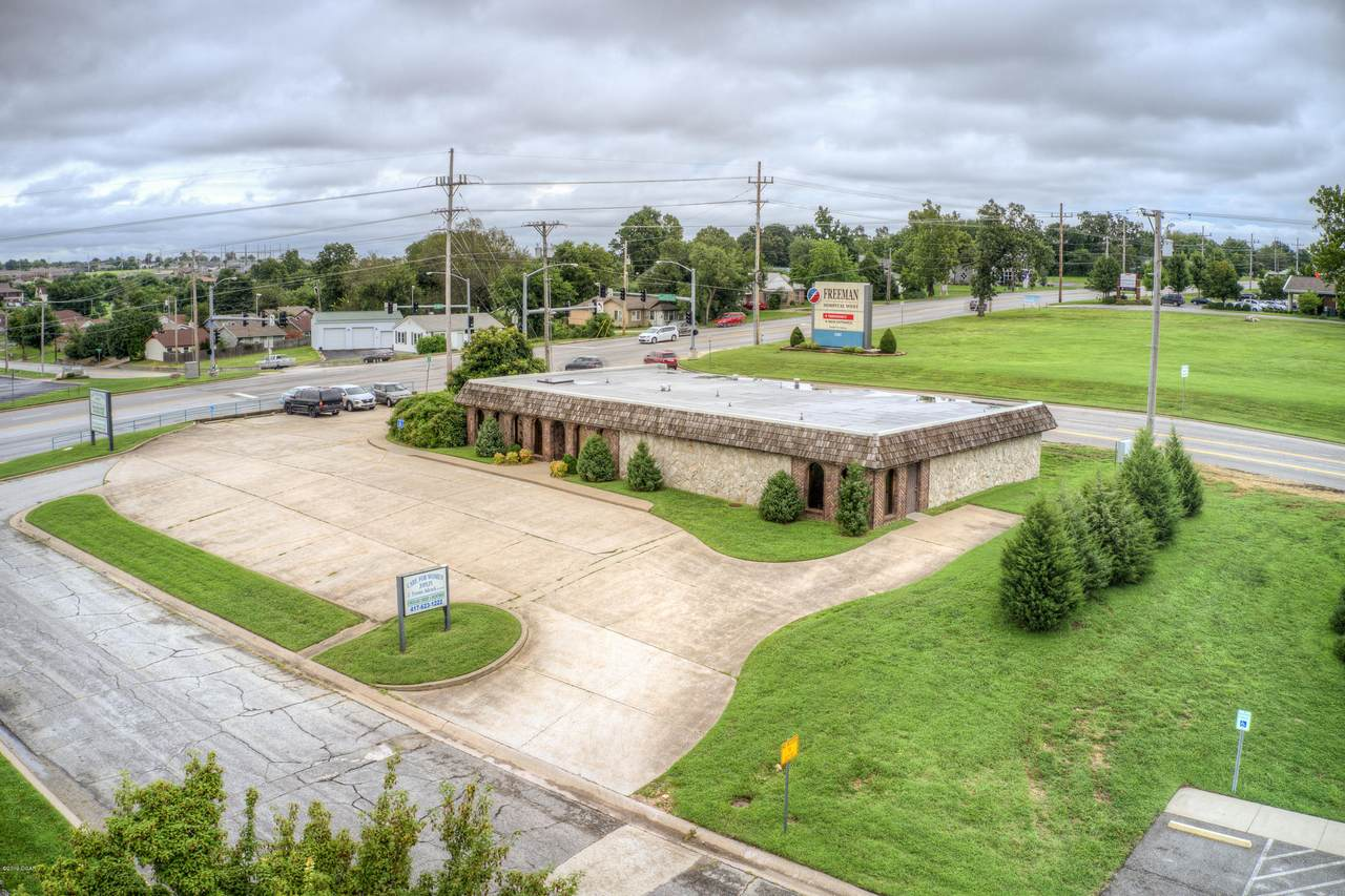 3201 Mcintosh Cir Drive - Photo 1