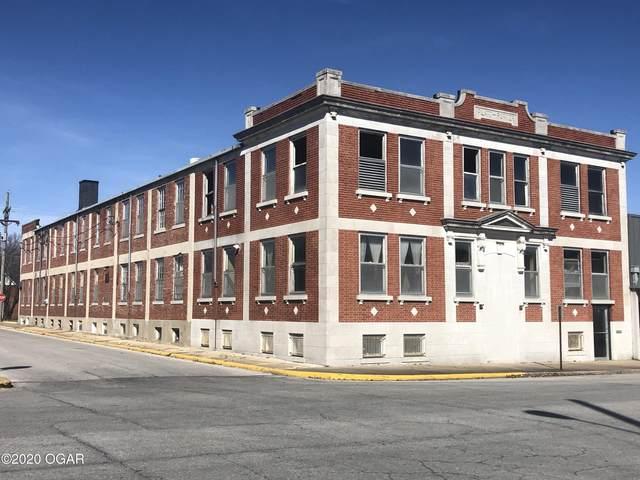 527 S Main Street, Carthage, MO 64836 (MLS #205890) :: Davidson Group