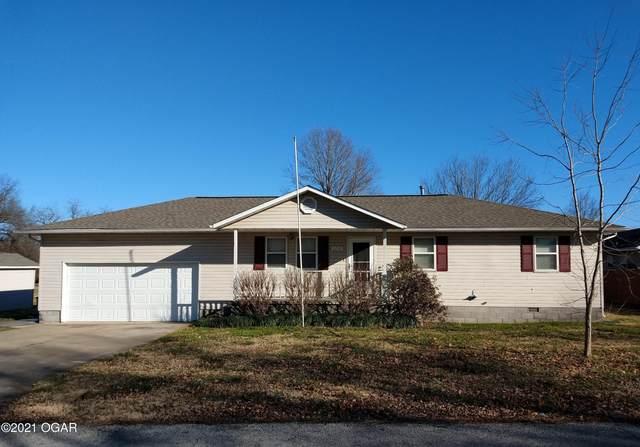 1702 Hidden Lane, Lamar, MO 64759 (MLS #210035) :: Davidson Group