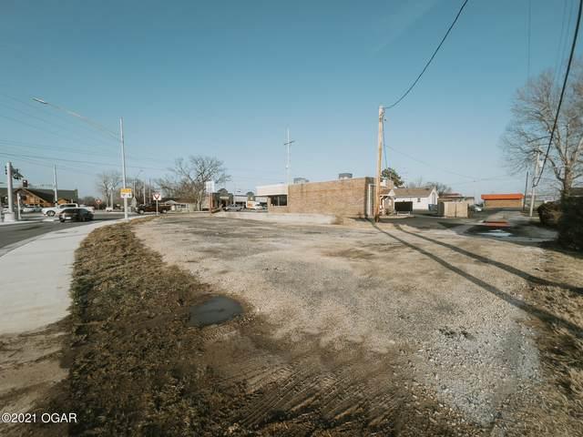 1802 E 32nd Street, Joplin, MO 64804 (MLS #210439) :: Davidson Group