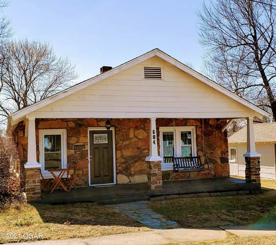 604 W 7th Street, Webb City, MO 64870 (MLS #210826) :: Davidson Group