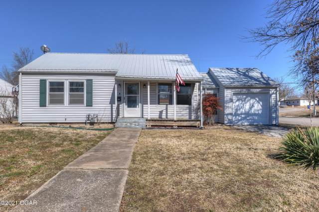 2721 E 11th Street, Joplin, MO 64801 (MLS #210834) :: Davidson Group