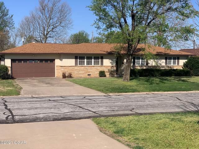 2412 Kansas Avenue, Joplin, MO 64804 (MLS #211586) :: Davidson Group