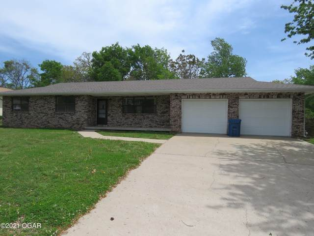 1140 Nelson Street, Carthage, MO 64836 (MLS #211848) :: Davidson Group